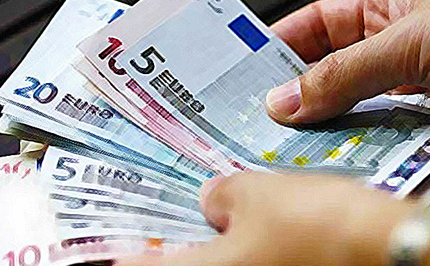 Το Λουξεμβούργο έχει τον υψηλότερο κατώτατο μισθό: 1.998,59 ευρώ!