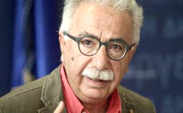 Ο Γαβρόγλου σταδιακά και σιωπηρά εξαφανίζει την ελληνική ταυτότητα