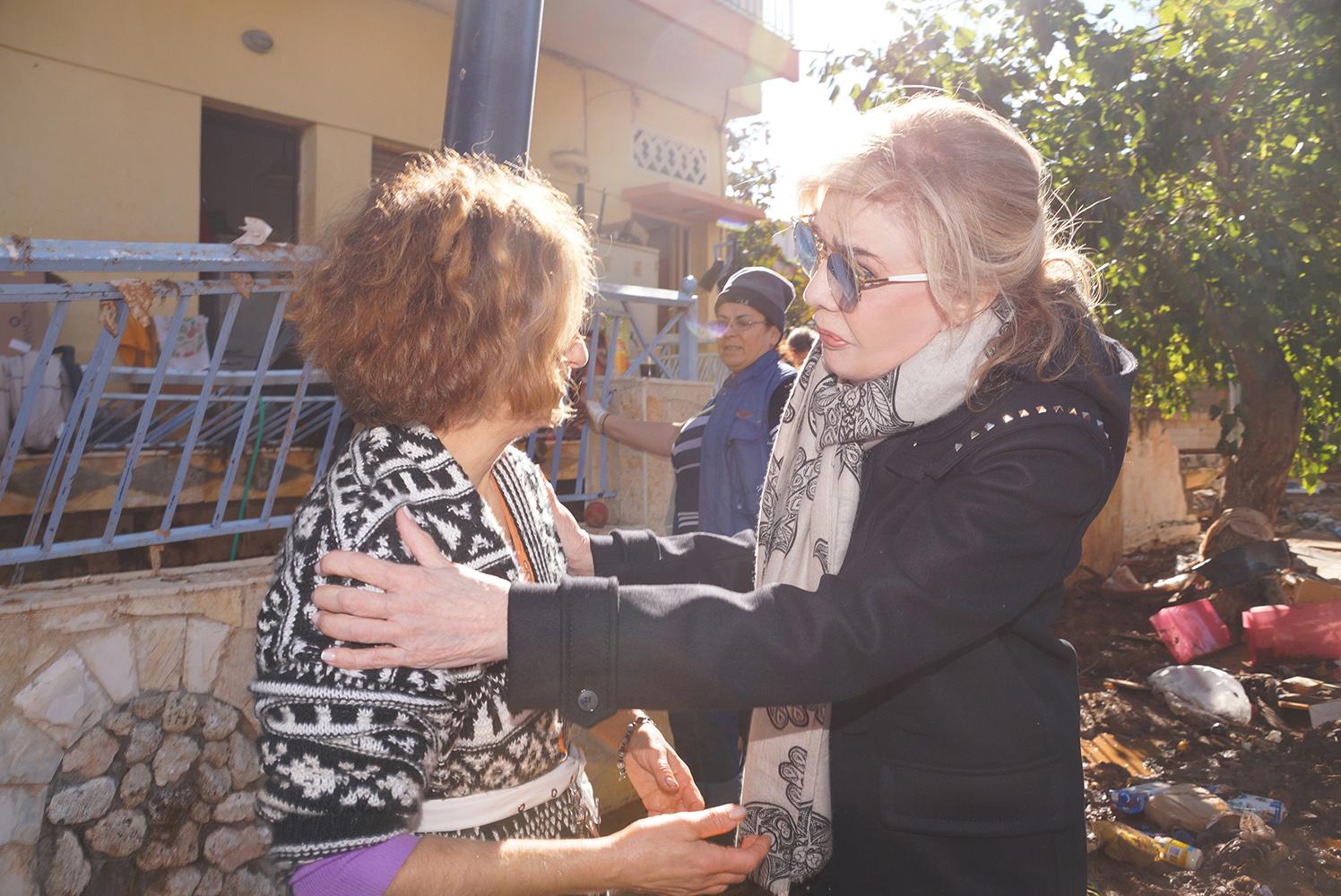 Το Ίδρυμα «Μαριάννα Β. Βαρδινογιάννη» έδωσε ΕΛΠΙΔΑ στους πληγέντες της Μάνδρας