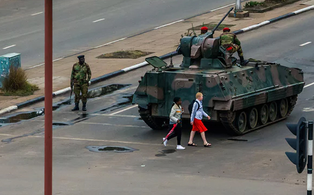 Ζιμπάμπουε: Ο στρατός αναλαμβάνει τον έλεγχο…