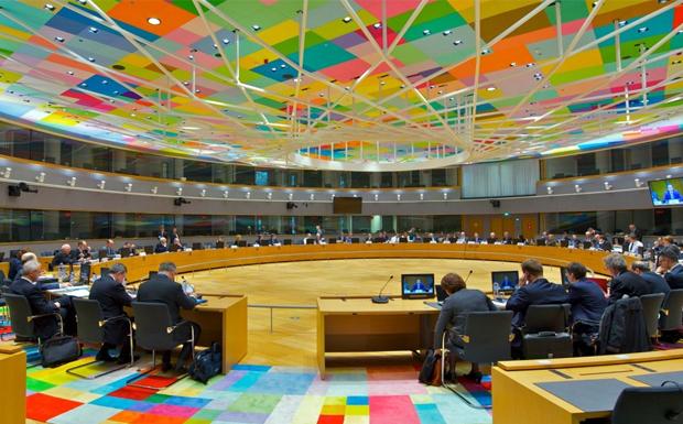 Αξιωματούχος Ευρωζώνης: Θα προσπαθήσουμε να λάβουμε απόφαση για τις συντάξεις τον Νοέμβριο