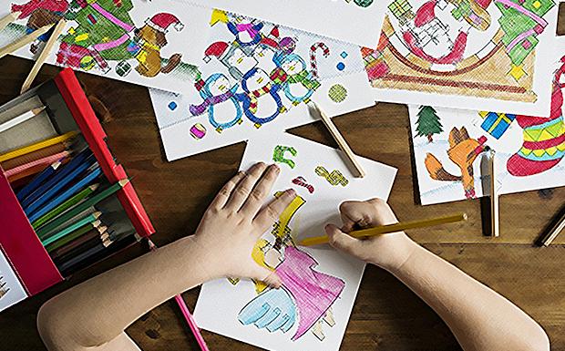 ΚΠΙΣΝ: Πικνίκ με τον Αϊ-Βασίλη τους ζωγράφους του κόσμου -ξυλοπόδαροι, ζογκλέρ, ακροβάτες και μίμοι!