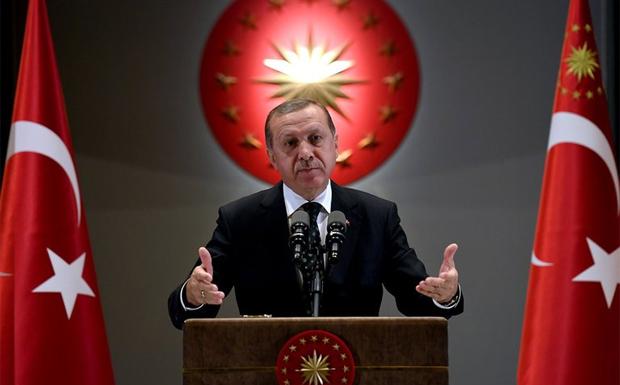 «Δορυφόρους» της θέλει να κάνει την Ελλάδα και την Κύπρο η Τουρκία