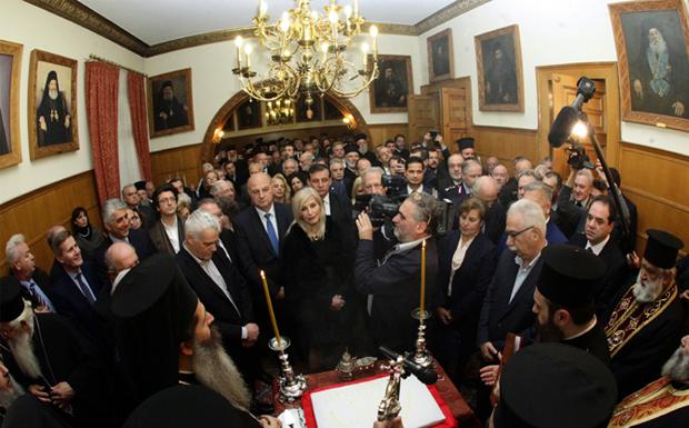 """Ο Αρχιεπίσκοπος Ιερώνυμος εύχεται: """"Τη νέα χρονιά να προχωρήσουμε ενωμένοι"""""""