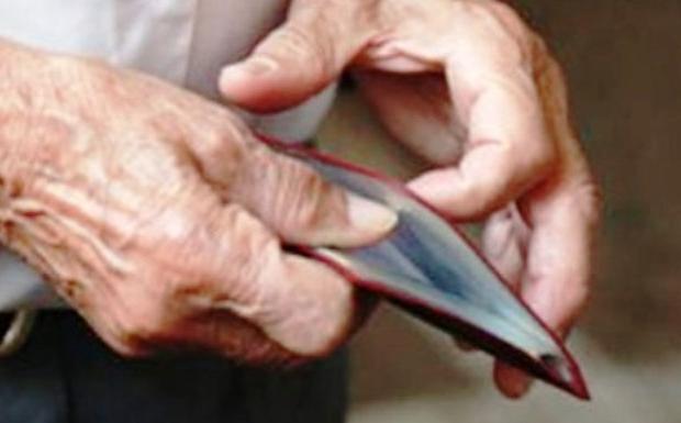 Σε πλεόνασμα φτώχειας τα περήφανα γηρατειά…