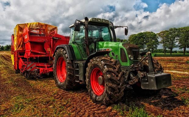Πώς θα ξεμπλοκάρουν οι εκκρεμείς αιτήσεις των νέων αγροτών