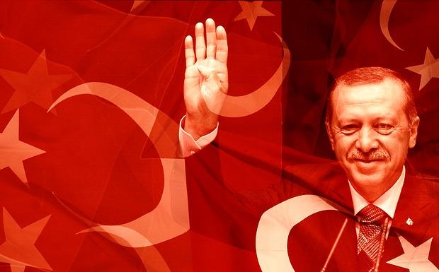 Τριακόσια εξήντα καινούργια εντάλματα <br>βγήκαν στην Τουρκία