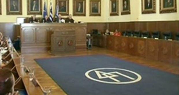 Ελπίδα Παντελάκη: Να πιέσει ο δήμος την κυβέρνηση να μην προχωρεί στους πλειστηριασμούς και δεσμεύσεις λογαριασμών