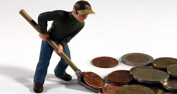 Η πρόταση Καμμένου να ισχύει για όλους τους εργαζομένους που έχουν πάρει δάνειο και όχι μόνο για τους στρατιωτικούς