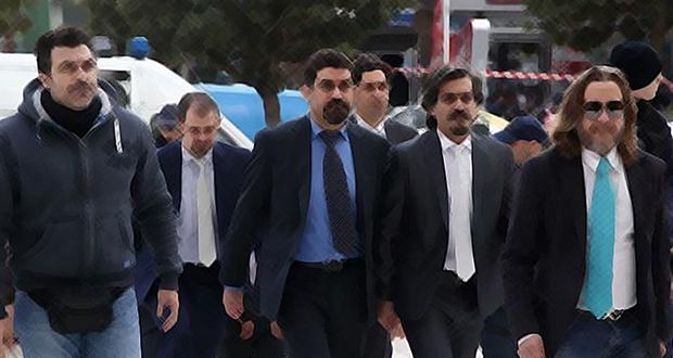 Κυβερνητικό αλαλούμ με τους οκτώ τούρκους αξιωματικούς