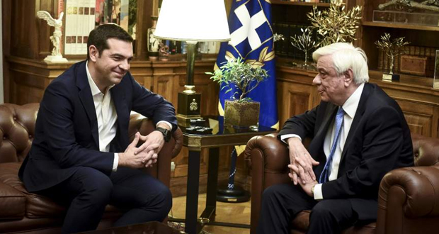 Εξάλειψη του αλυτρωτισμού από την ΠΓΔΜ ζητά ο Παυλόπουλος