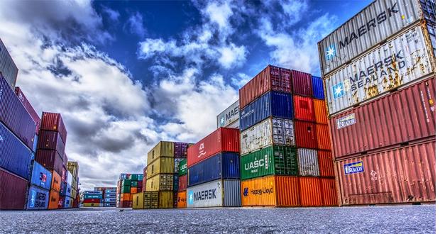 Εκτίναξη των εξαγωγών τον Οκτώβριο – Αισιοδοξία για νέο ρεκόρ εξωστρέφειας