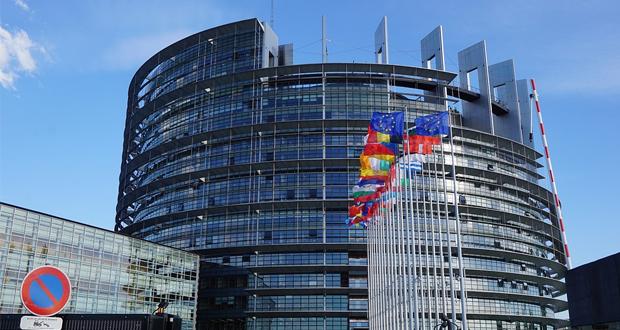 16 Έλληνες Ευρωβουλευτές δηλώνουν: «…δεν συνάδει προς τις αρχές της καλής γειτονίας, τις οποίες θα έπρεπε να τηρεί ένα υποψήφιο για ένταξη στην Ε.Ε. κράτος (δηλαδή η Τουρκία)…
