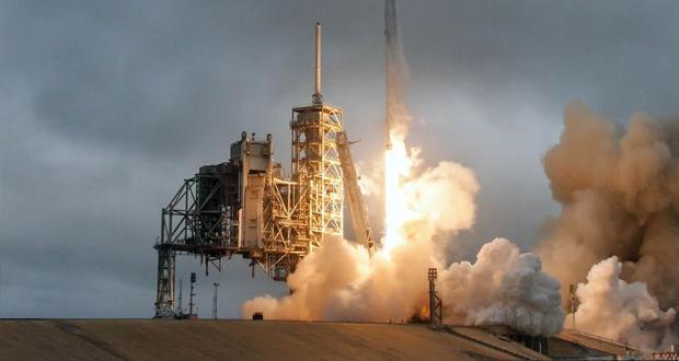 Tesla: Η εξερεύνηση του διαστήματος (Live)