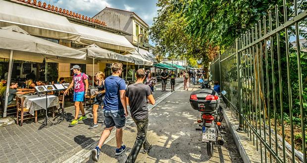 Από 18,2 δισ. ευρώ πέρυσι στα 3 δισ. φέτος τα έσοδα από τον τουρισμό!