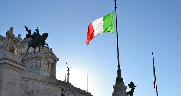 Χρ. Μπότζιος: Η Ιταλία αψηφά και προκαλεί την ΕΕ