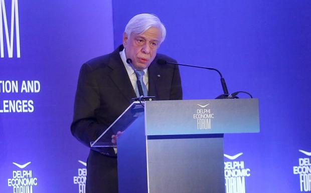 Προκόπης Παυλόπουλος: Ελάφρυνση του ελληνικού χρέους με ρήτρα ανάπτυξης