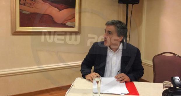 Συγκρούσεις στην ομιλία του Ε. Τσακαλώτου – Ανακοίνωση του ΣΥΡΙΖΑ