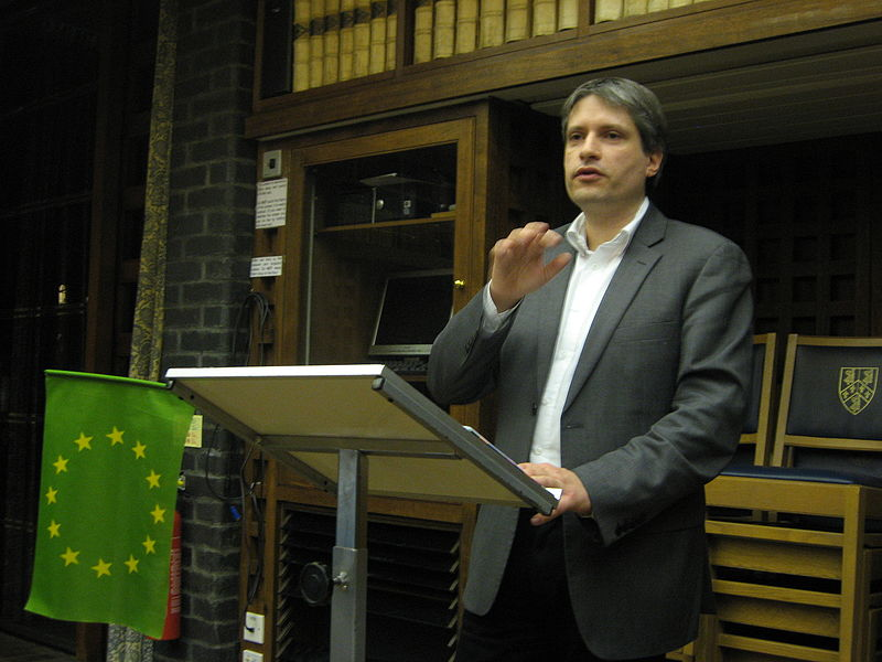 Οι Ευρωπαίοι Πράσινοι στηρίζουν την ελάφρυνση του δημόσιου χρέους