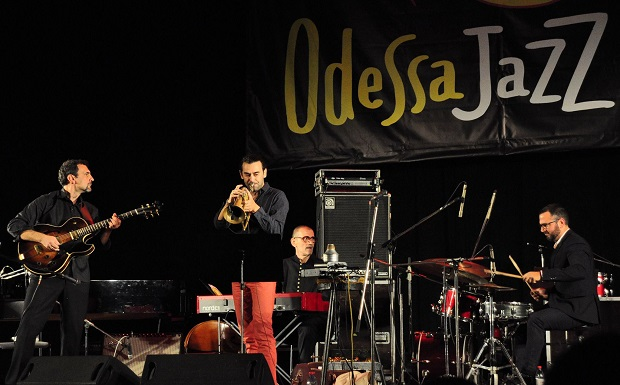 Jazz με ελληνικές νότες από το Flying Jazz Quartet στον Φάρο του ΚΠΙΣΝ