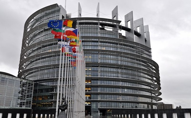 Στον φακό του Ευρωπαϊκού Κοινοβουλίου η ένταξη Σερβίας – Κοσόβου