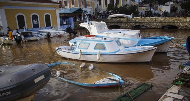 «510. 000 ευρώ για το λιμάνι της Σύμης από το Υπ. Οικονομίας.  Ν. Σαντορινιός: Η Σύμη δεν αφέθηκε στο έλεος της»