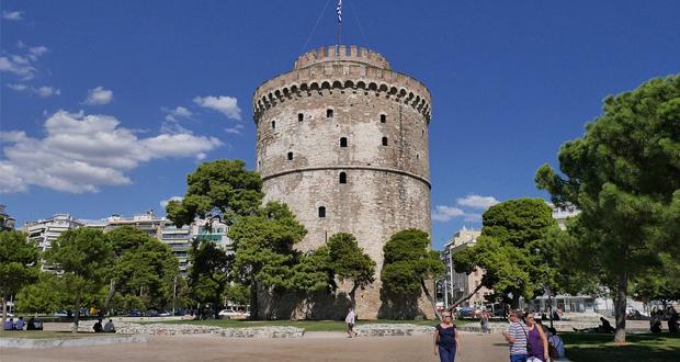 Δύο μεγάλα γραφεία στη Θεσσαλονίκη