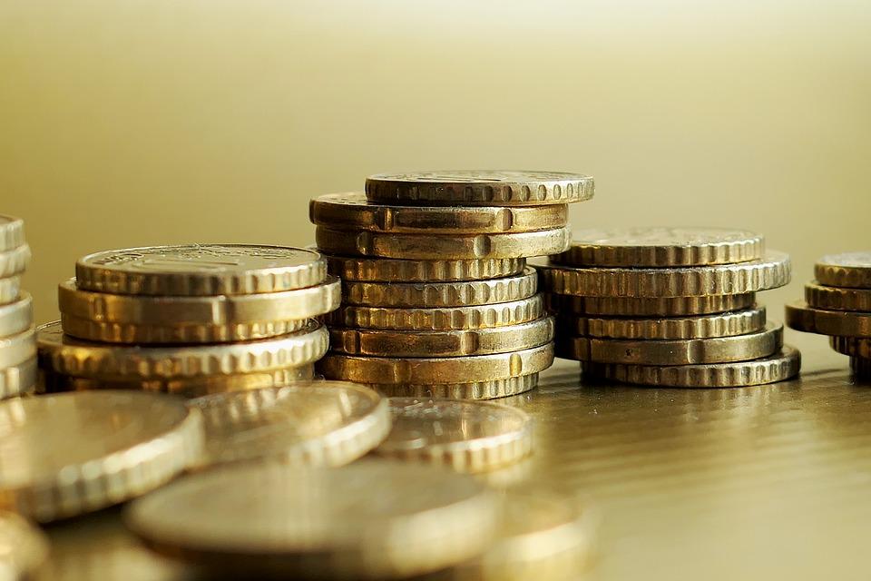 Σπάσιμο στα δύο των «κόκκινων» δανείων που δεν έχουν ακίνητα ως εγγύηση