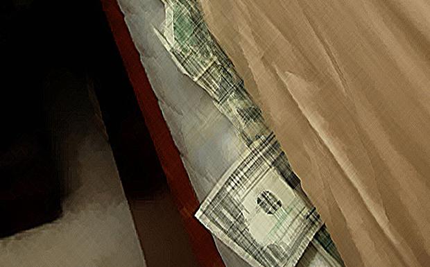 Τελειώνουν τα λεφτά κάτω από τα στρώματα, και μετά τι έρχεται;
