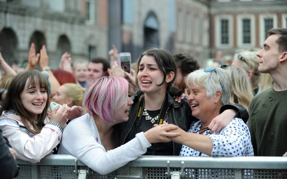 Ιρλανδία: Το 66,4% ψήφισε υπέρ της νομιμοποίησης των αμβλώσεων