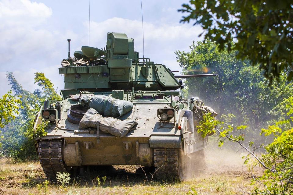 1,7 τρισ. δολάρια οι στρατιωτικές δαπάνες παγκοσμίως…