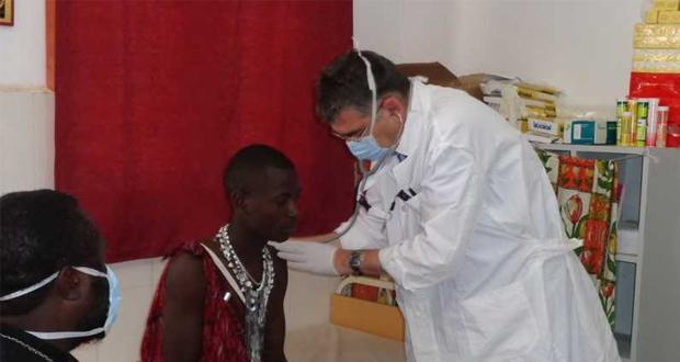 Βραβείο Αριστείας στον Αν. Καθηγητή Θ. Θεοδωρίδη για την ανθρωπιστική δράση του στην Τανζανία της Αφρικής