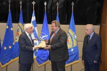 Επίσκεψη του ΠτΔ Προκόπη Παυλόπουλου στο ΥΠΕΘΑ (εικόνες)