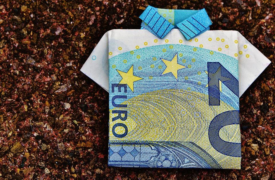 Από το «λεφτά χωρίς Μνημόνιο» στο «Μνημόνιο χωρίς λεφτά»…