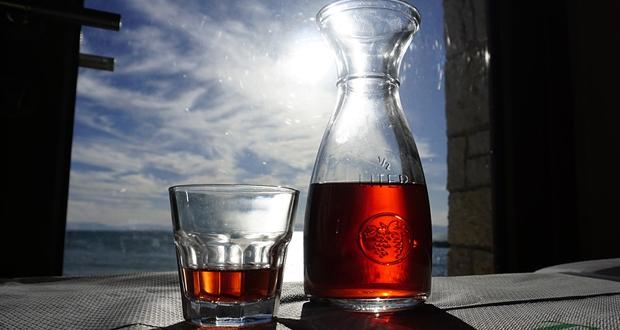 Ο Μ. Κεφαλογιάννης καλεί την κυβέρνηση Τσίπρα να καταργήσει επιτέλους τον άδικο φόρο στο κρασί