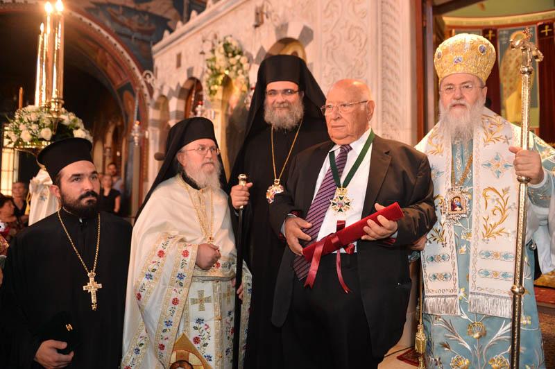 Τιμητική διάκριση στον πρόεδρο του «Κέντρου Ελληνισμού» Δαμιανό Κωνσταντίνου από την Ιερά Μητρόπολη Κορίνθου