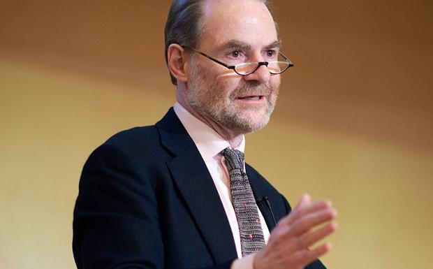 Timothy Garton Ash: Νέα διαχωριστική γραμμή διχάζει την Ευρώπη