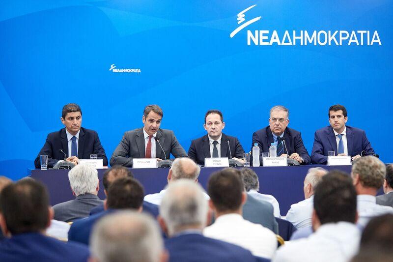 Μητσοτάκης: Το άθροισμα της επιβάρυνσης φόρων και εισφορών είναι σήμερα μη διαχειρίσιμο για τις επιχειρήσεις και τους ελεύθερους επαγγελματίες
