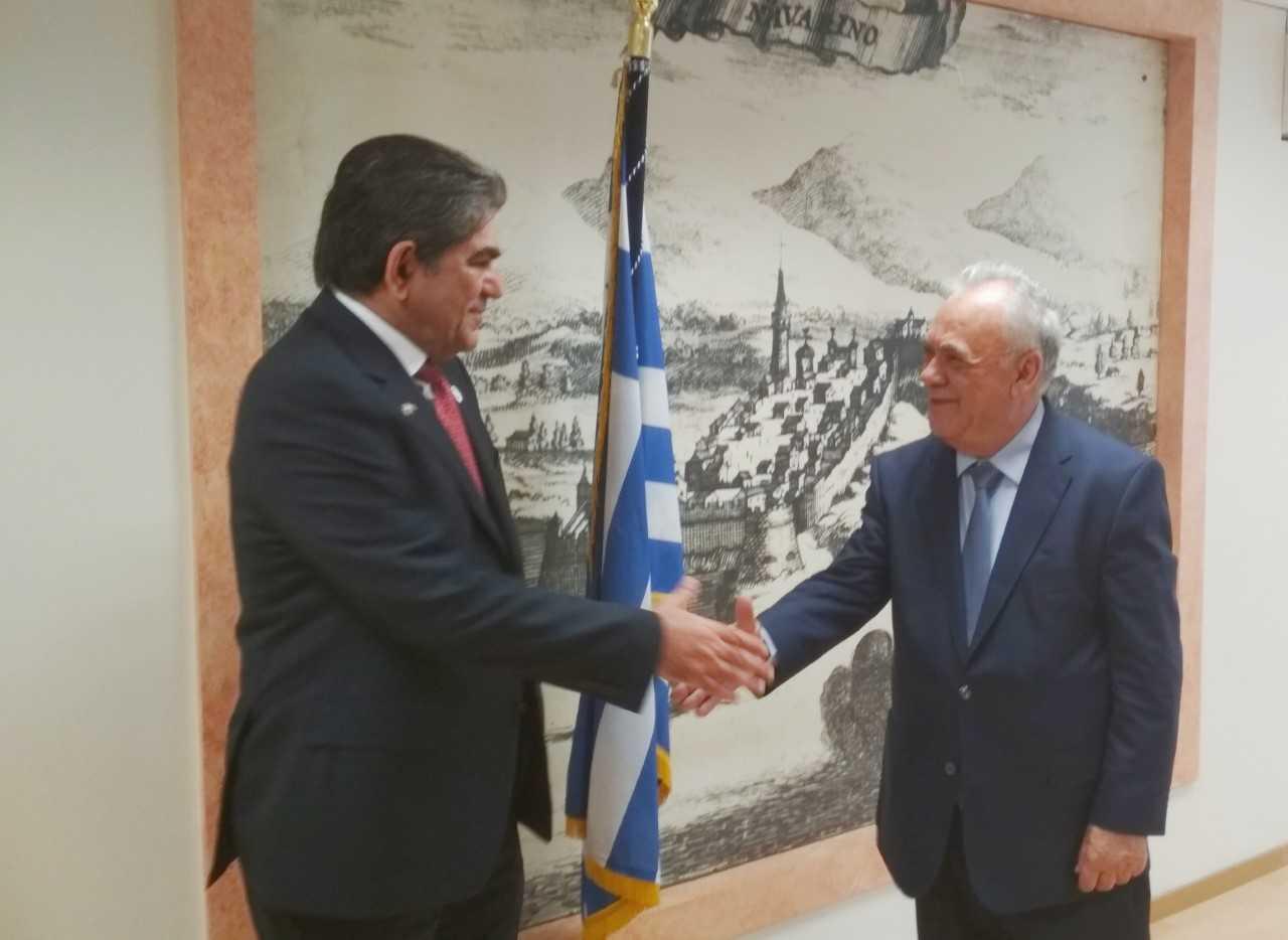 Συνάντηση του Γ. Δραγασάκης με τον Πρέσβη των Ηνωμένων Αραβικών Εμιράτων στην Αθήνα