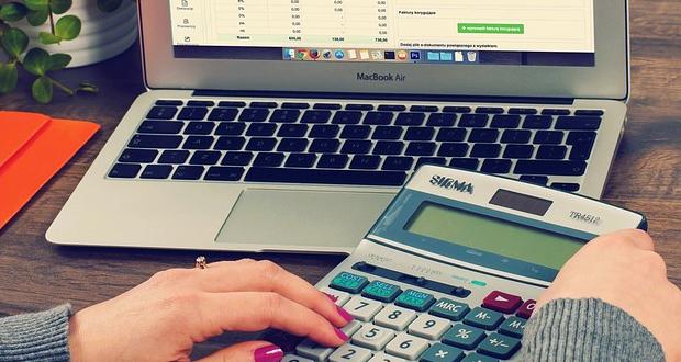 Μπόνους σε όσους ενταχθούν στις 120 δόσεις για χρέη στα ασφαλιστικά ταμεία