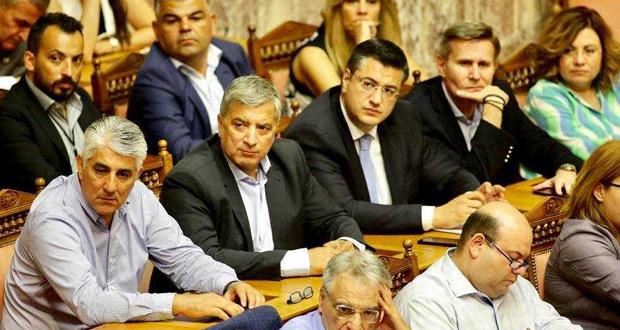 ΚΕΔΕ: Η Κυβέρνηση αγνόησε την Αυτοδιοίκηση και τους πολίτες, ψηφίζοντας ένα νόμο με οδηγό το κομματικό όφελος