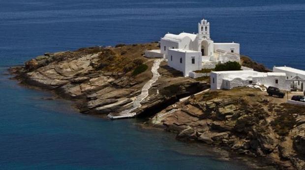 Σίφνος, το νησί του μέτρου και των ισορροπιών μέσα από εικόνες
