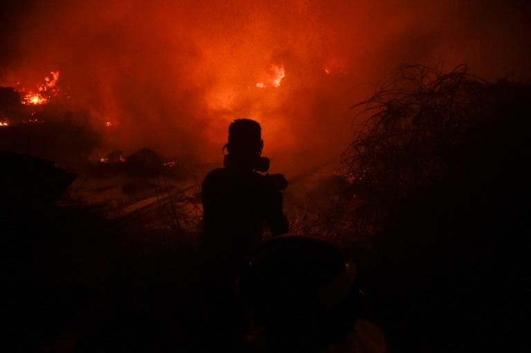 Iσπανία: Πυρκαγιά απειλεί το φυσικό πάρκο Ελ Εστρέχο- σε συναγερμό όλη η χώρα εξαιτίας του καύσωνα