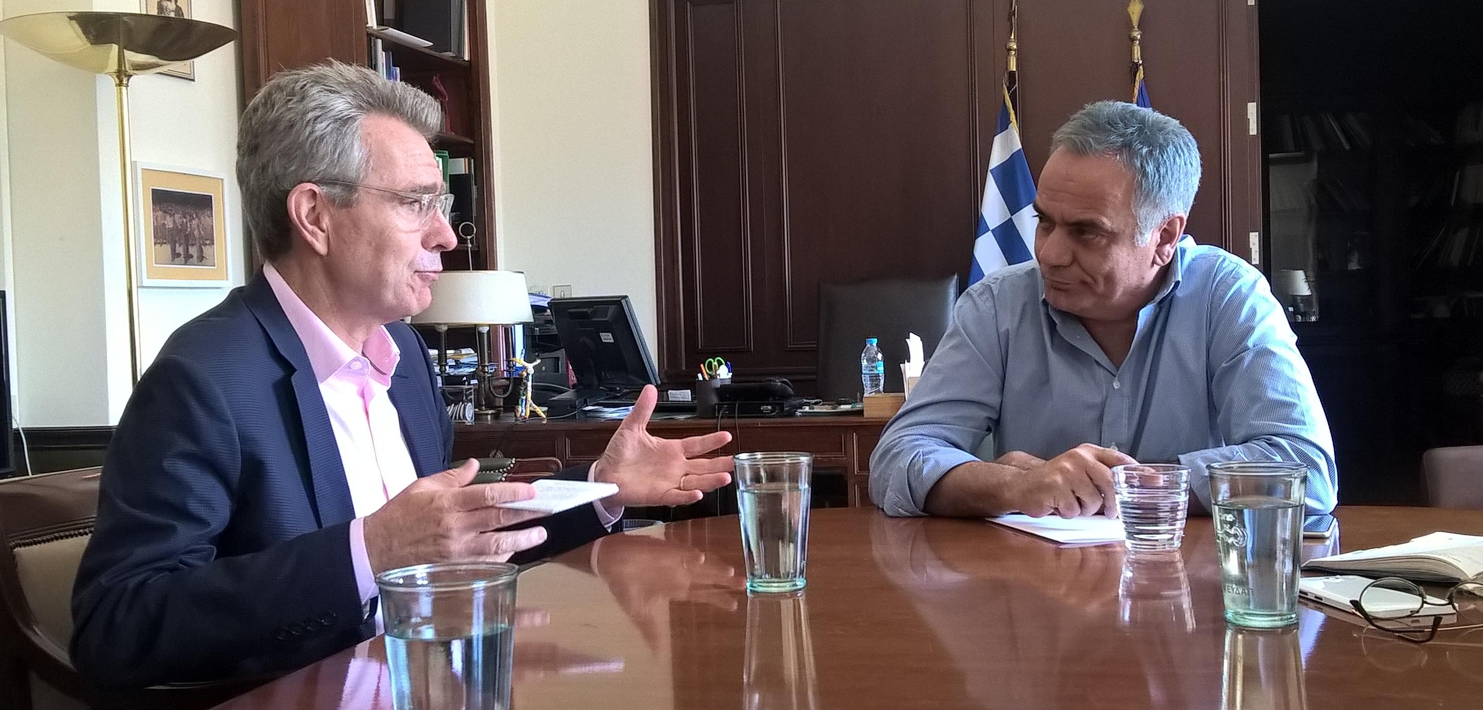 Συνάντηση του Υπουργού Εσωτερικών με τον Πρέσβη των ΗΠΑ