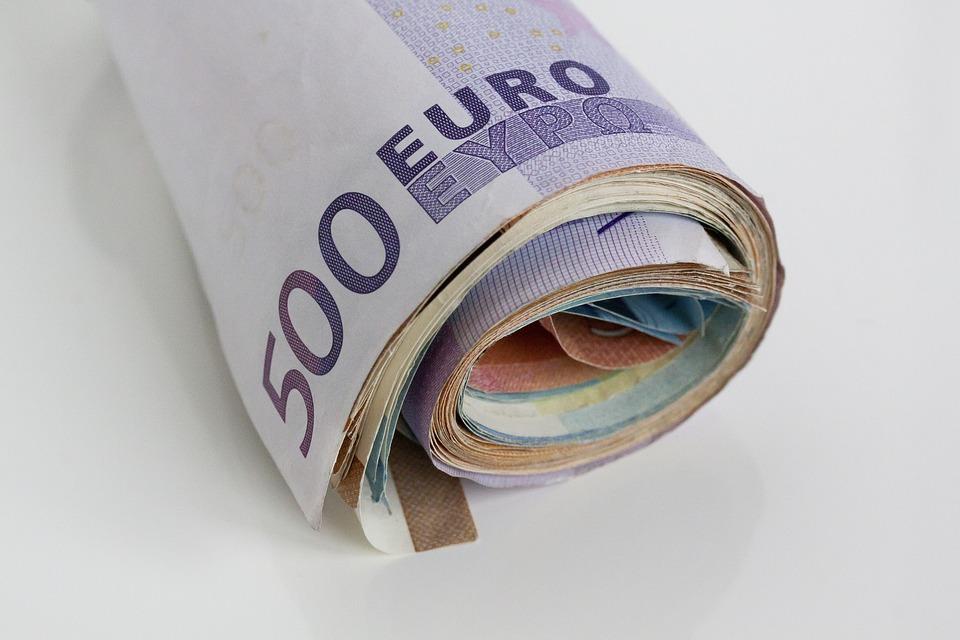 Μάκης Κουρής: 143,597 δισ. ευρώ χρέη σε Εφορία και Tαμεία, ο καθρέπτης της οικονομίας μας!