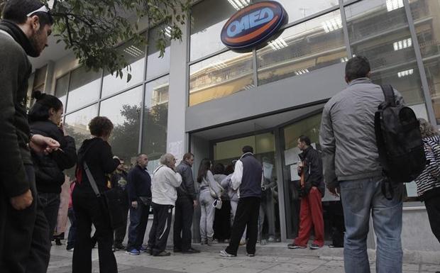 Αυξήθηκαν οι άνεργοι κατά 30.000 τον Οκτώβριο