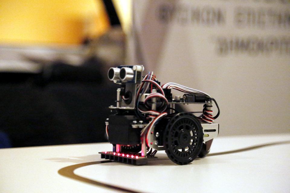 Αυτός είναι ο Τρικαλινός καθηγητής που «τρέλανε» τον Guardian με το πρόγραμμα εκπαιδευτικής ρομποτικής σε μαθητές