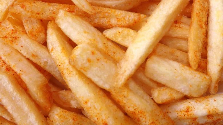 Ρεκόρ Γκίνες στη Νάξο: Τηγάνισαν 625 κιλά πατάτες!