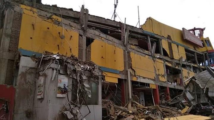 Τουλάχιστον 48 οι νεκροί ο τραγικός απολογισμός στην Ινδονησία (βίντεο)