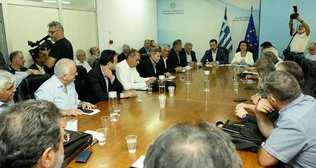 Συνάντηση του Υπουργού Εσωτερικών, Αλέξη Χαρίτση με το ΔΣ της ΚΕΔΕ (βίντεο)